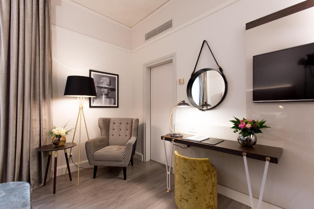 Hotel Cerretani Firenze Booking