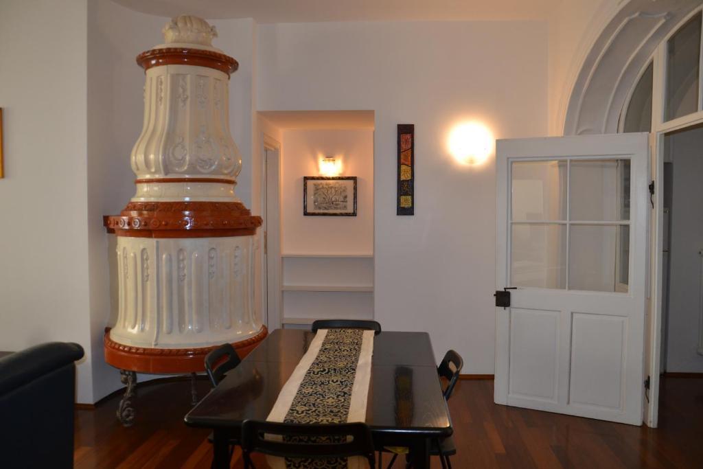 Wohnzimmer Bozen Book Your Hotel With Viamichelin