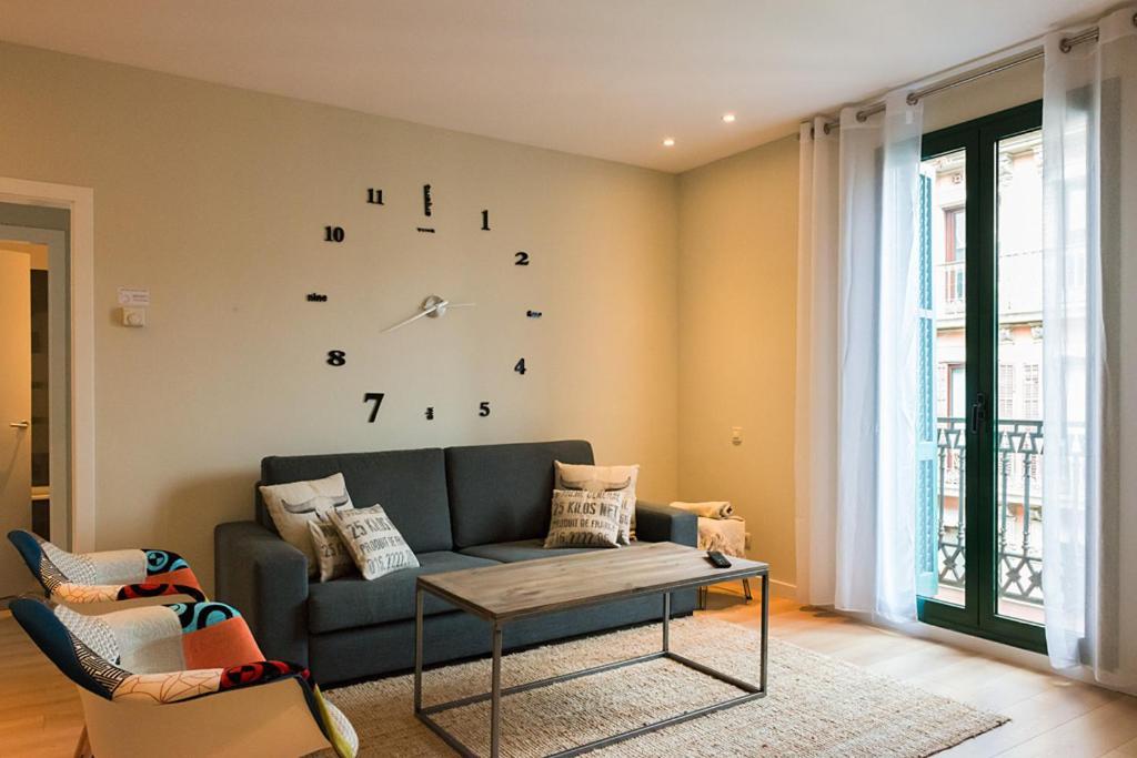 Four Petals Barcelona Boutique Apartments