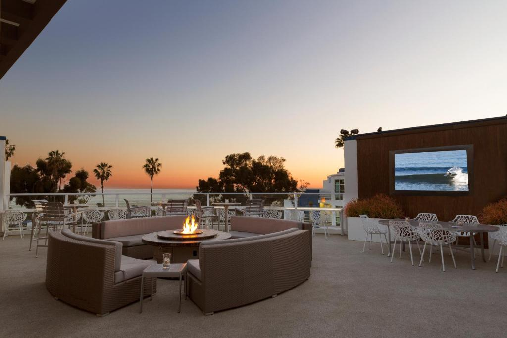 DoubleTree Suites by Hilton Doheny Beach