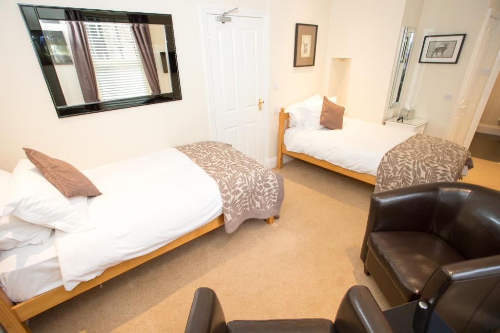 Superior Twin Room Parkfield House