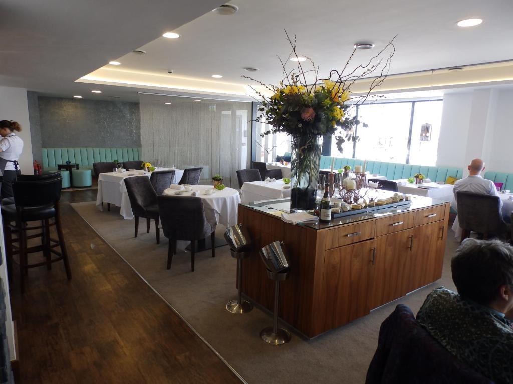 Hotel Restaurant James Sommerin Cardiff