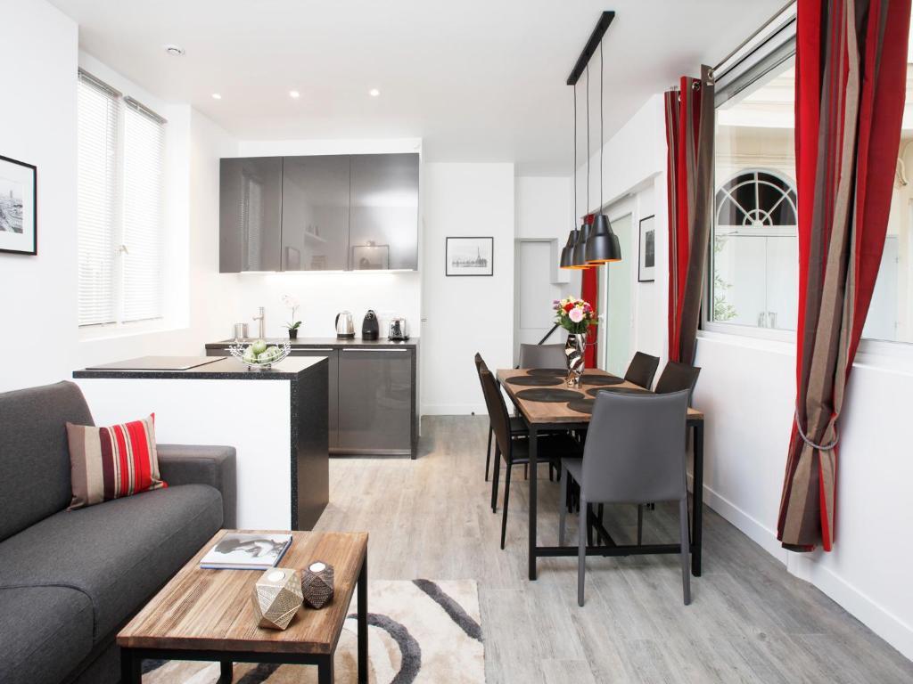 Charming apartment Paris center