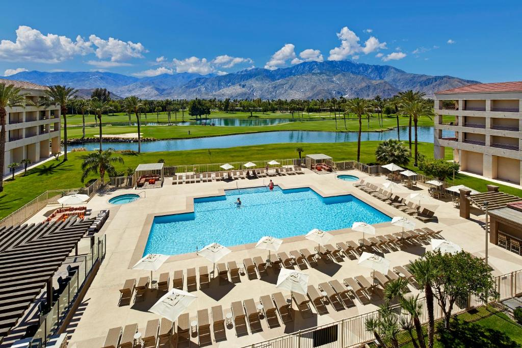 DoubleTree by Hilton Golf Resort Palm Springs