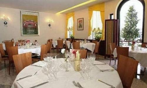 Park hotel ripaverde borgo san lorenzo prenotazione on line viamichelin - Piscina borgo san lorenzo ...