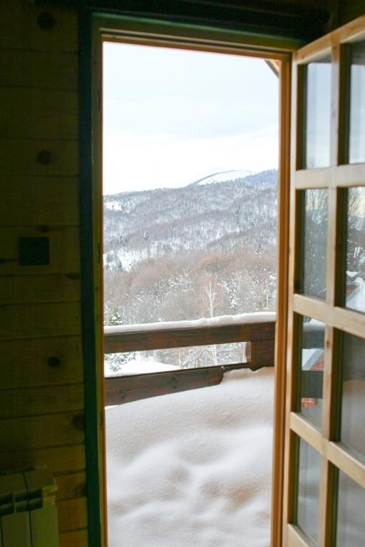 Triple Room with Balcony and Mountain View Guest House Montana