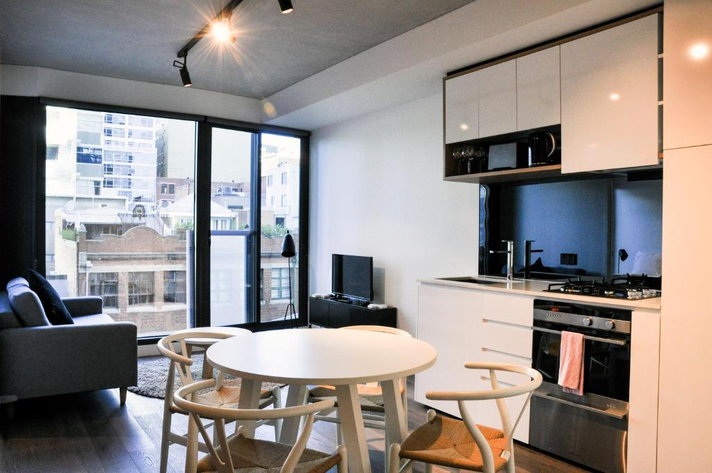 Mono Apartments on La Trobe Street