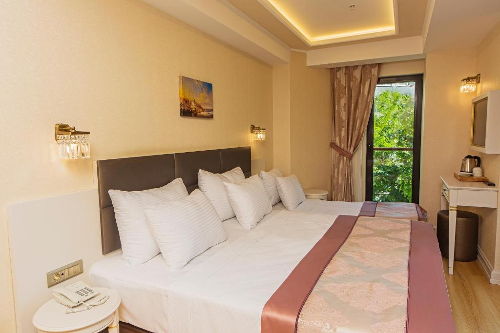 Grand naki hotel r servation gratuite sur viamichelin for Grand naki hotel