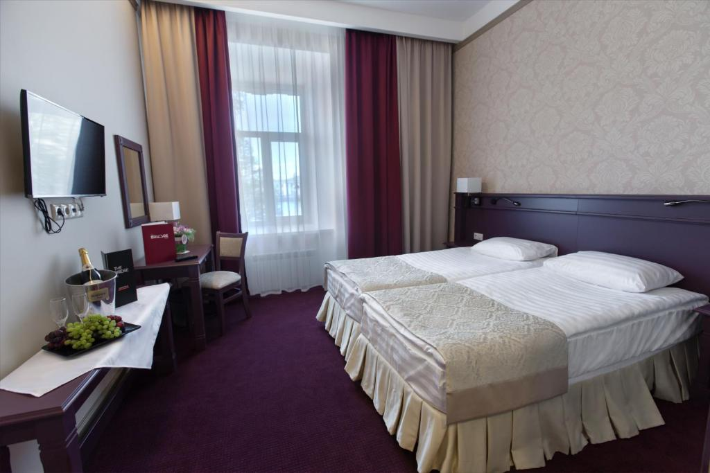 Отель «Бридж»