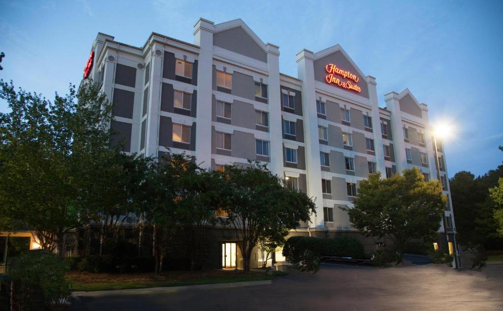 Hampton Inn & Suites Alpharetta-Windward