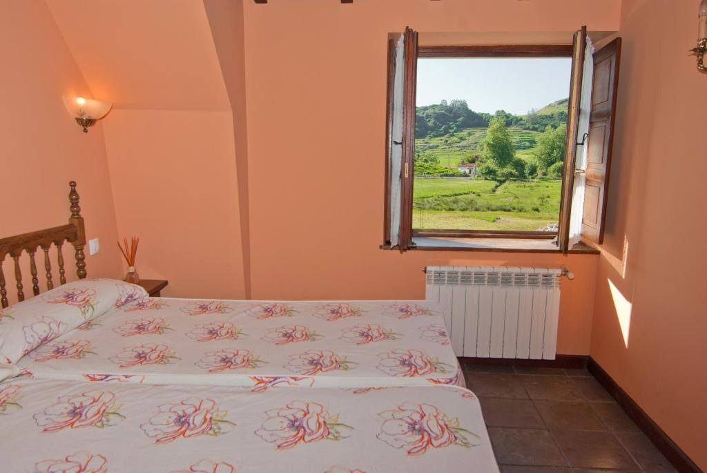 Double or Twin Room Posada La Roblera