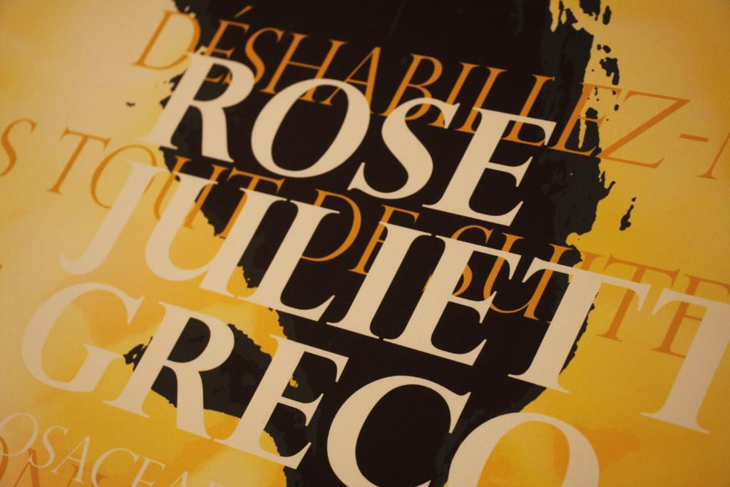 hotel roses strasbourg viamichelin informatie en online reserveren. Black Bedroom Furniture Sets. Home Design Ideas