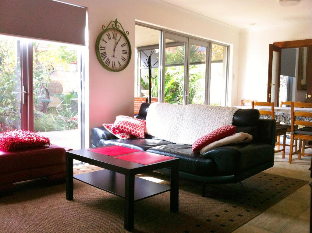 Mt Lawley Garden Apartment