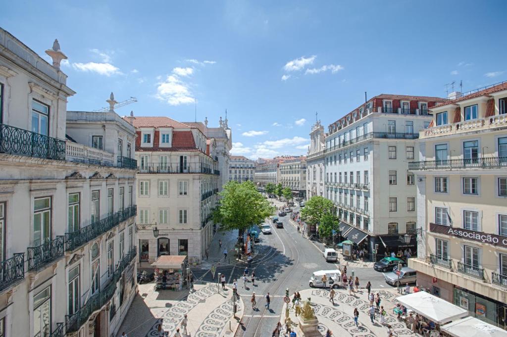 Chiado Square Apartments   Lisbon Best Apartments