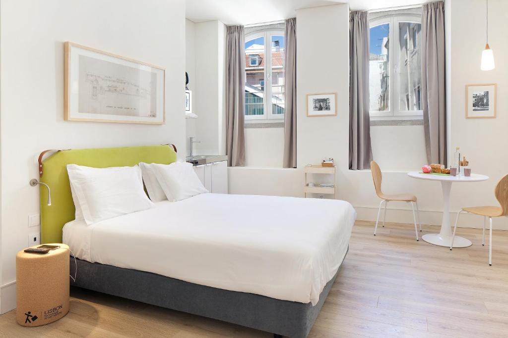 Ascensor Da Bica Lisbon Serviced Apartments In Portugal Room