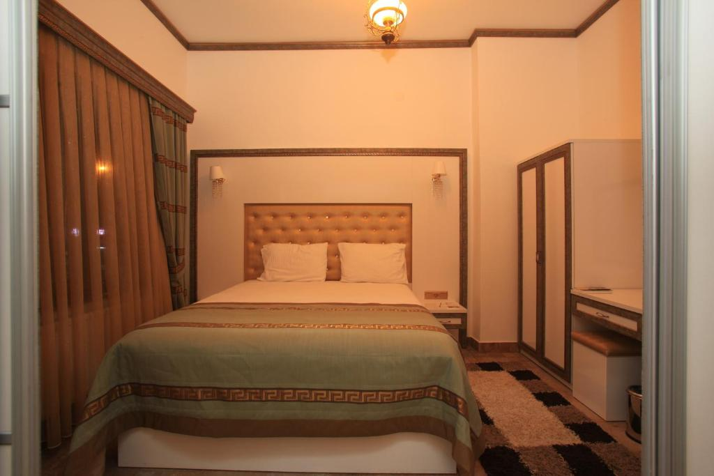 Superior Double or Twin Room Lalehan Hotel