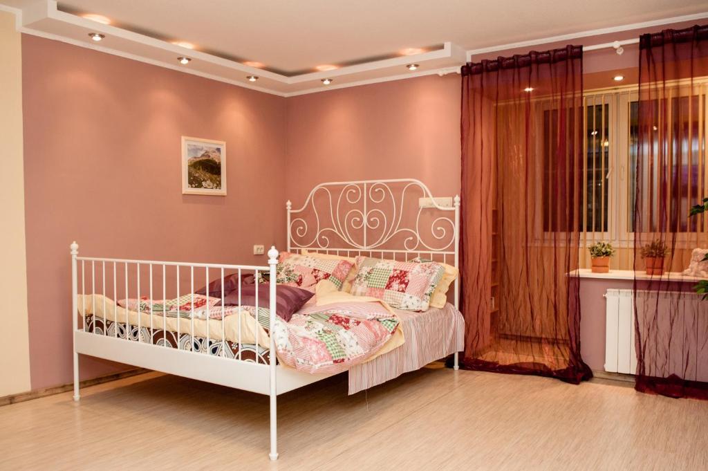 Apartament on Filimonovskaya (#7)
