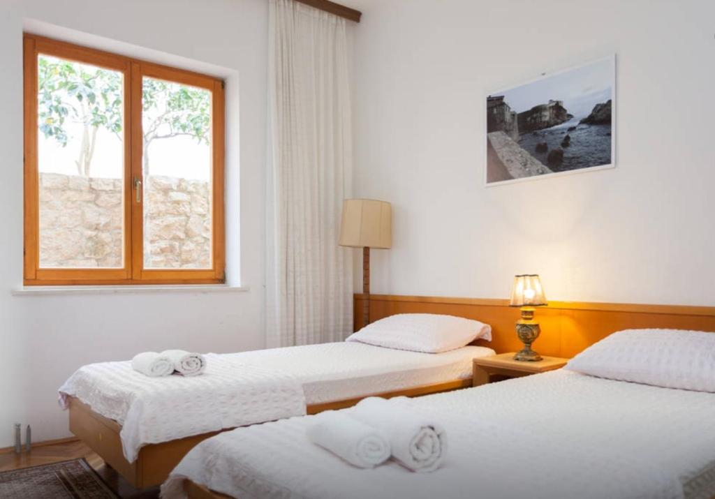 Apartment and Rooms Villa Marijo