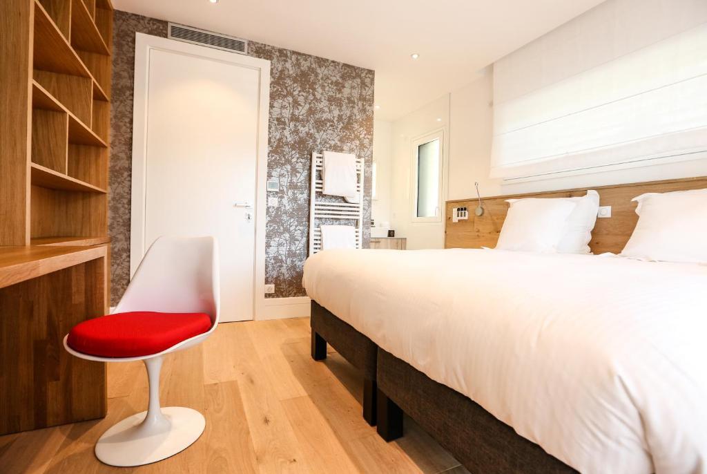 le kube annecy centre villas prestige annecy viamichelin informatie en online reserveren. Black Bedroom Furniture Sets. Home Design Ideas