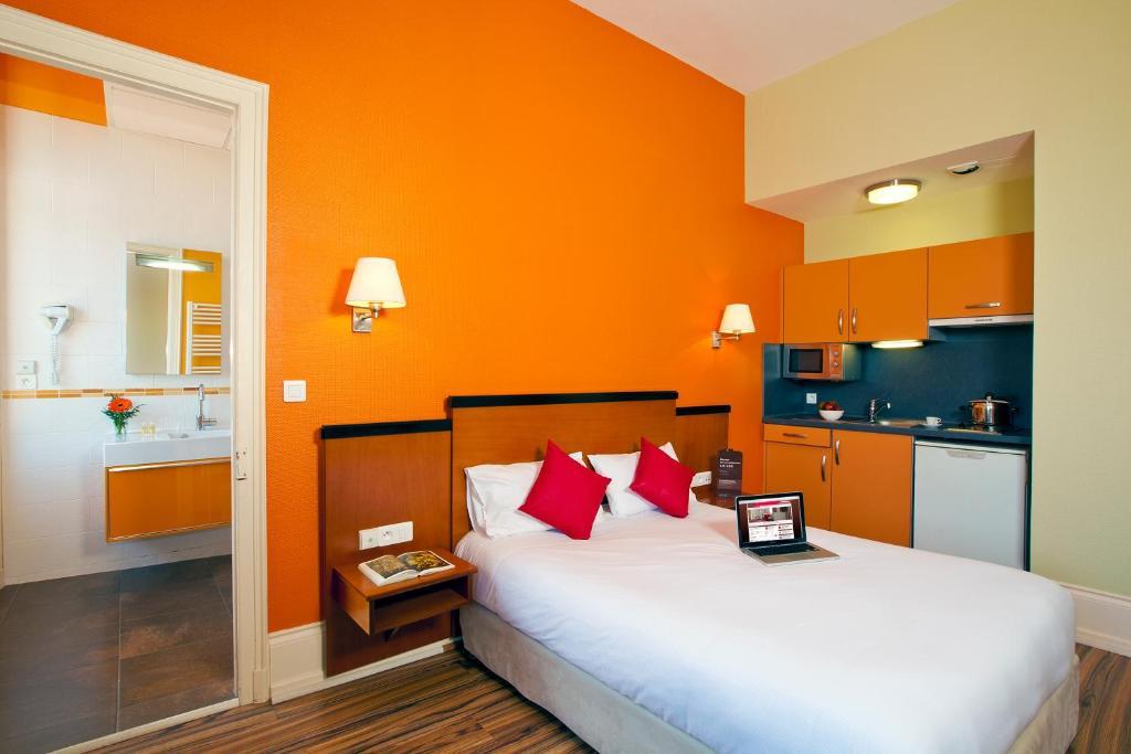 le metropole cerise hotels r sidences luxeuil les bains informationen und buchungen. Black Bedroom Furniture Sets. Home Design Ideas