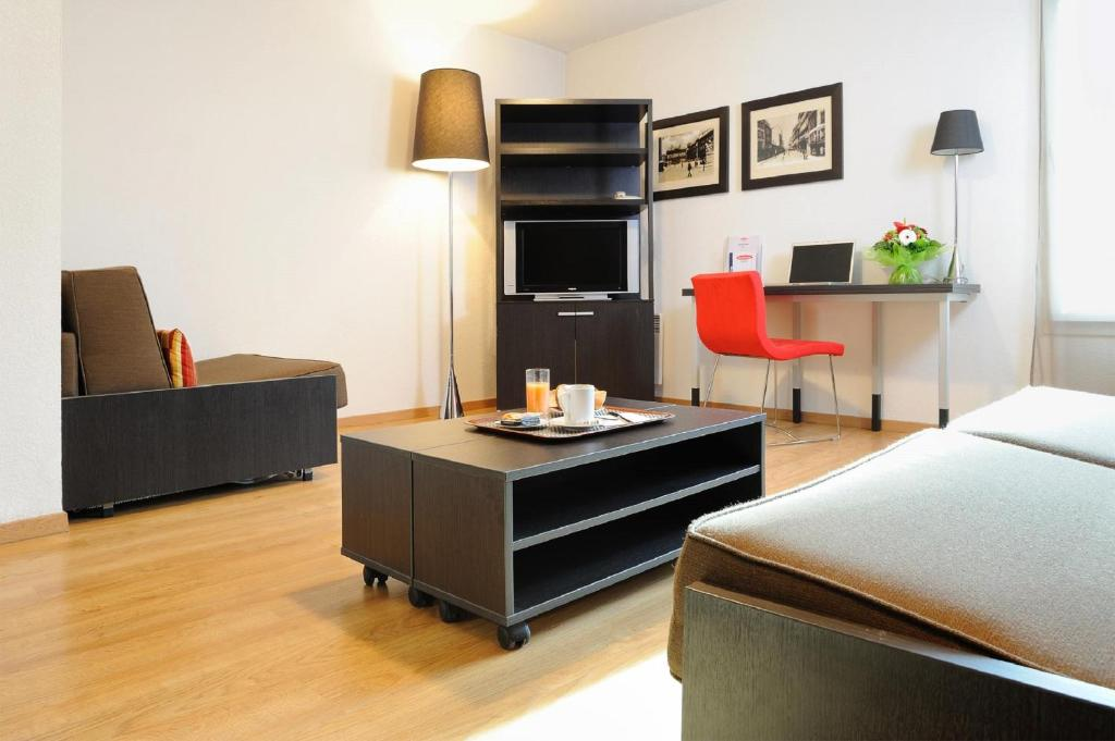residhome metz lorraine metz zarezerwuj online. Black Bedroom Furniture Sets. Home Design Ideas