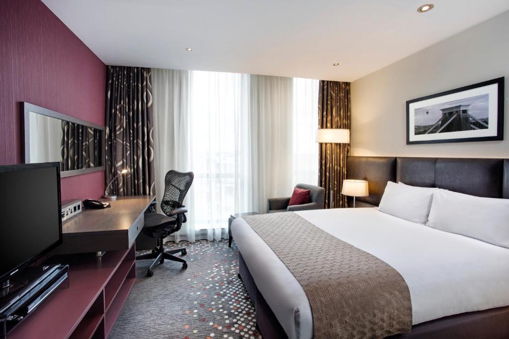 Hotels Bristol City Centre Holiday Inn Family Rooms