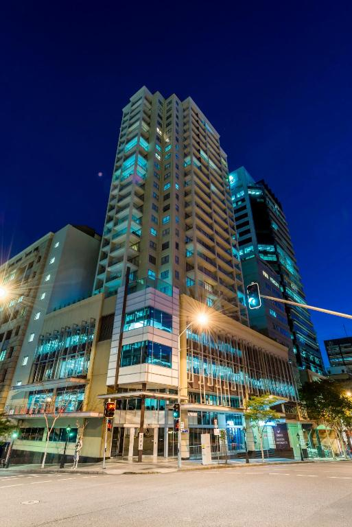 Oaks Brisbane Lexicon Suites