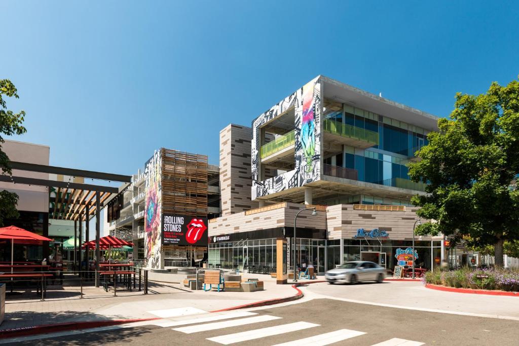Doubletree Hotel Los Angeles Westside In Culver City