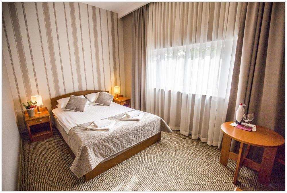 noclegi Kraków Hotel Polonez