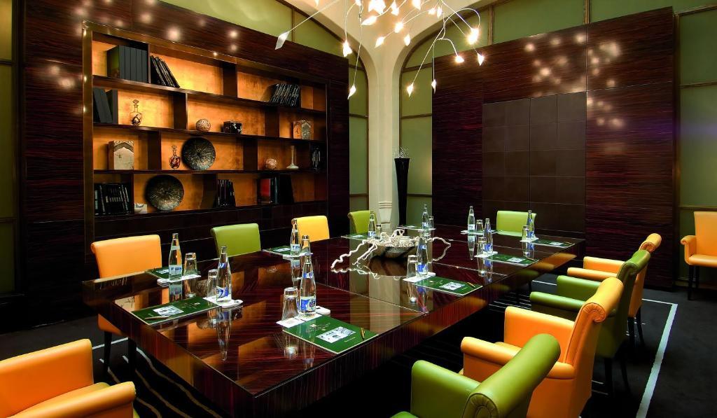 Hotel casa fuster g l monumento barcelona reserva tu hotel con viamichelin - Restaurante casa fuster barcelona ...