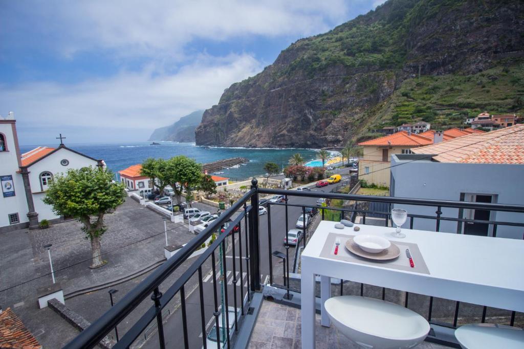 Oliveira's Apartments - Madeira Island