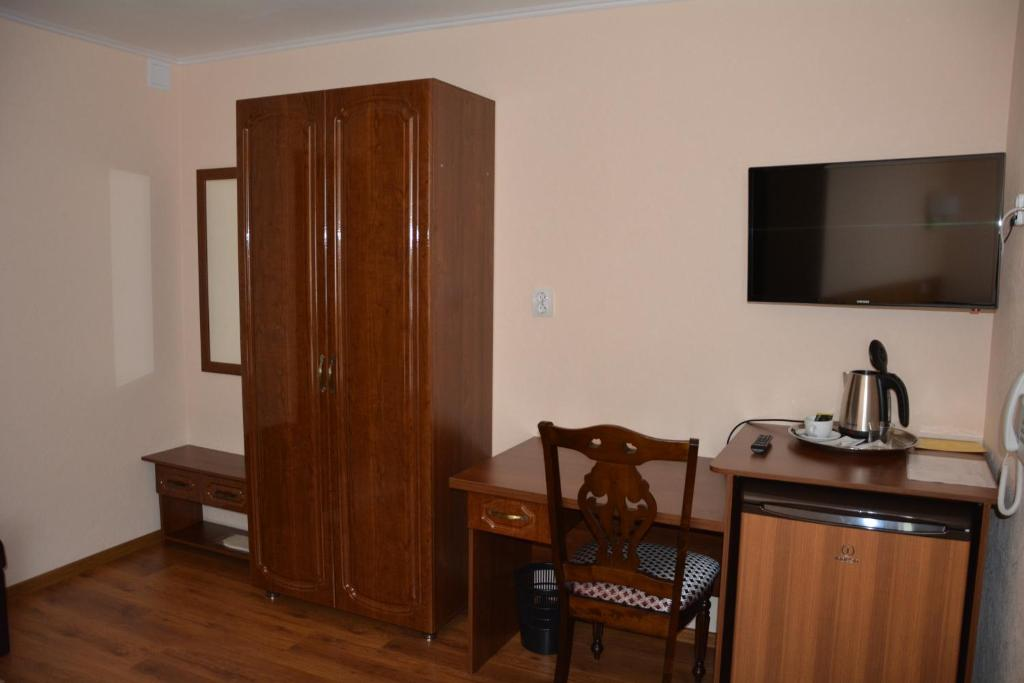 Standard Single Room Hotel Evrasia