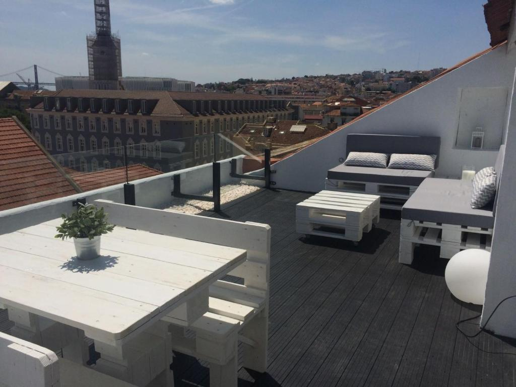 A Terrace on a Topfloor with a View