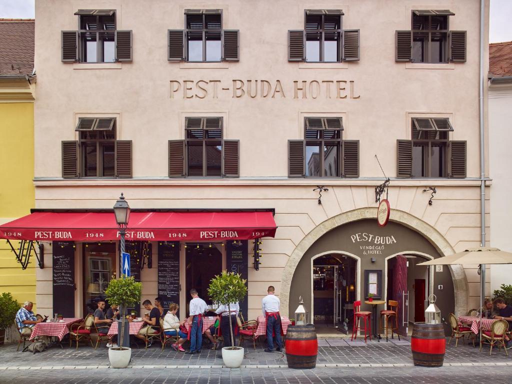 Pest buda hotel design boutique budapest reserve o for Design 8 hotel soest