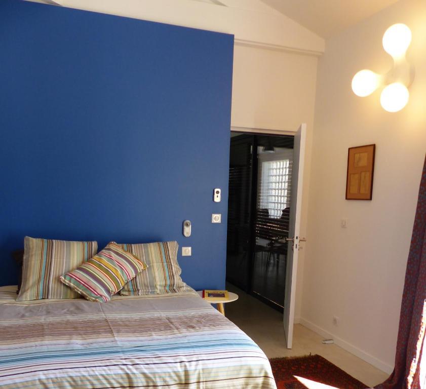 Booking Hotel Royan