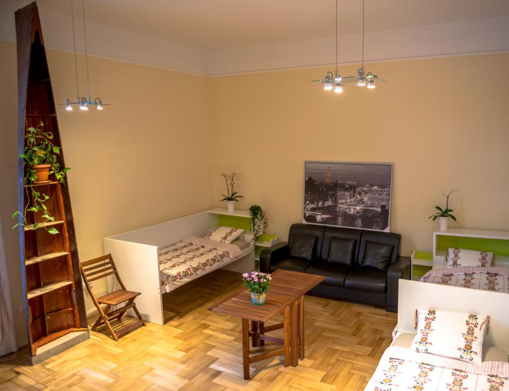 Budapest Chinese Guesthouse