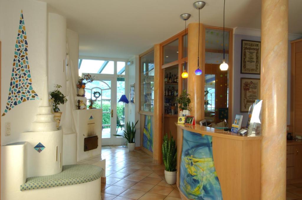 WUNDER s - Ferienpension & Apartment, 9210 Pörtschach am Wörthersee