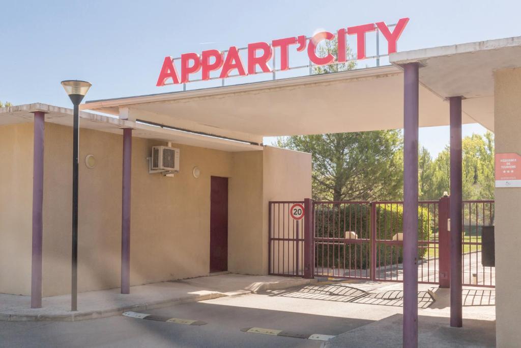 Appart city aix en provence fuveau r servation for Appart hotel fuveau