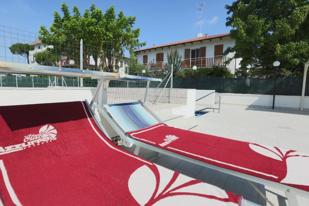 Family hotel marina beach r servation gratuite sur - Bagno marina beach lido adriano ...