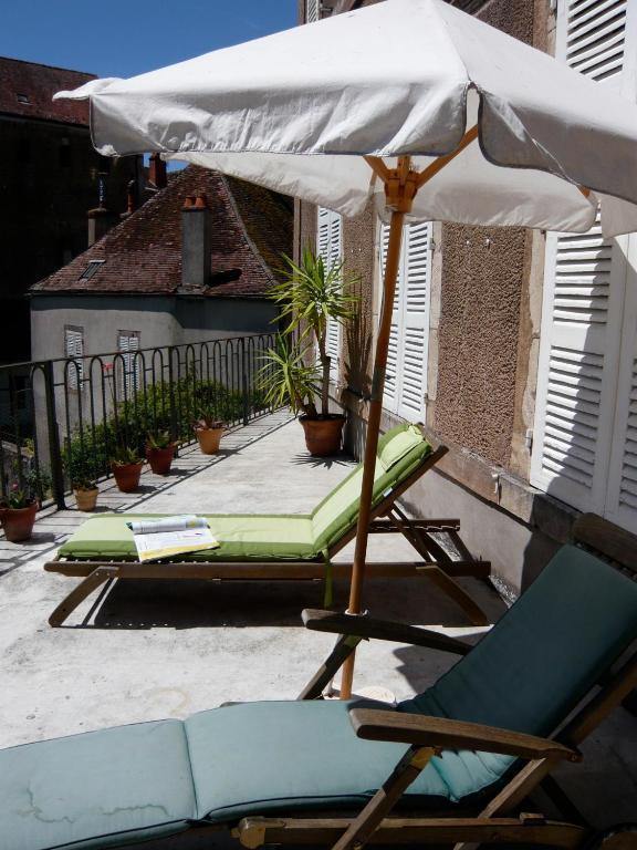 La Maison Févret - ViaMichelin HOTEL - Semur-en-Auxois 21140