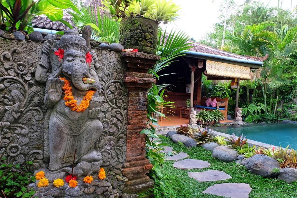 Honeymoon Green Villa
