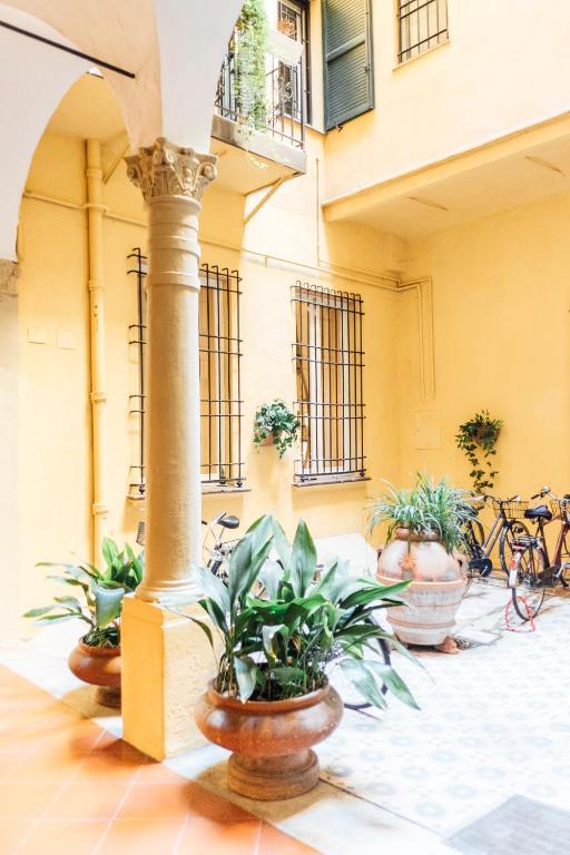 Hotel Via Indipendenza  Bologna