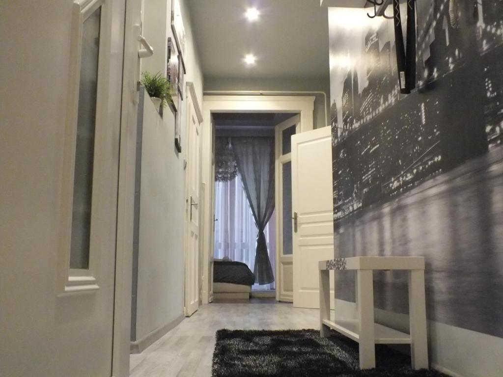 Standard Apartment by Hi5 - Fehérhajó, 1052 Budapest