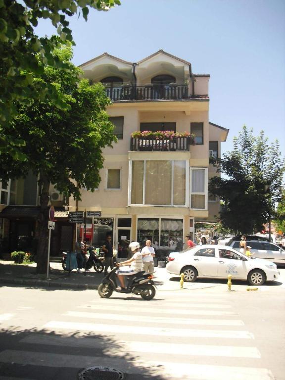 Vila Mostrovi
