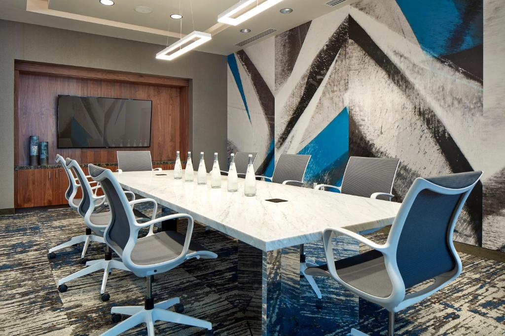 Homewood Suites for Business Travel