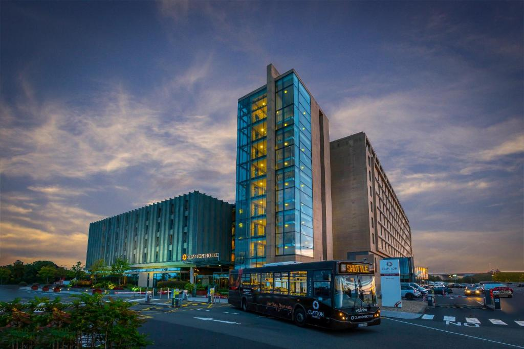 Hotels At Dublin Airport With Shuttle
