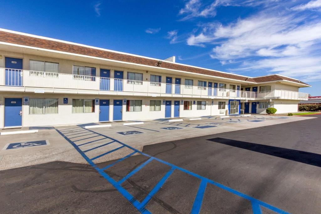 Motel 6-Phoenix, AZ - North Bell Road