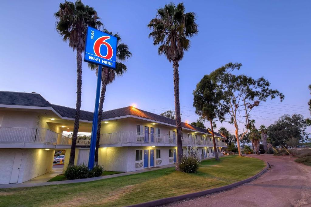 Motel 6-San Diego, CA - North