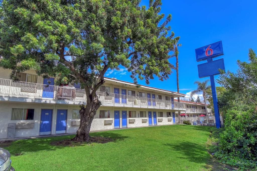 Motel 6-Chino, CA - Los Angeles Area