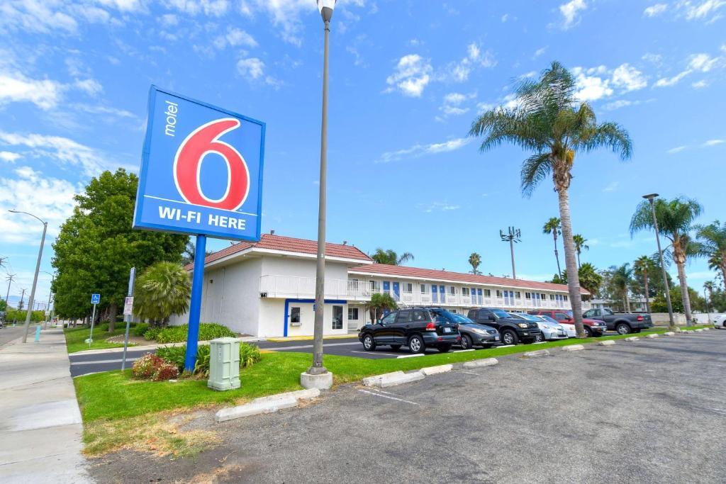 Motel 6-Costa Mesa, CA